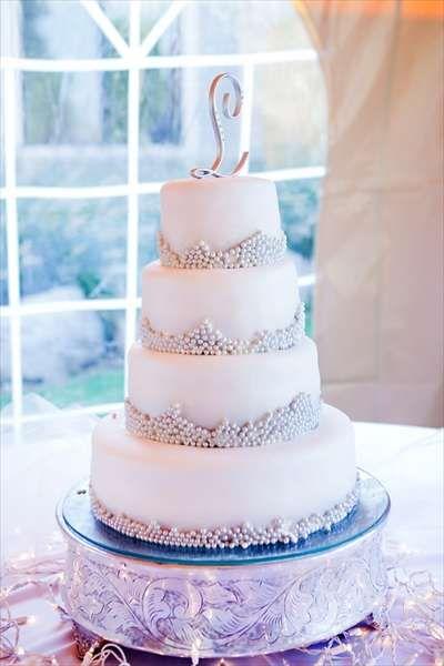 inspiring cake + topper.