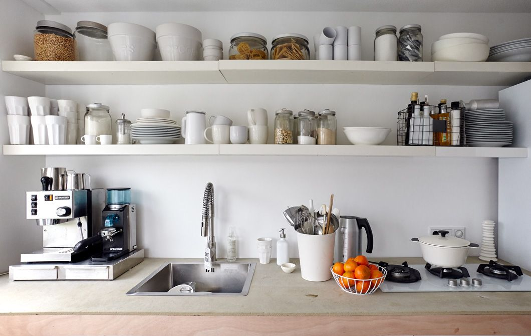 Open shelving, clear jars and lots of labels make it easy to keep ...