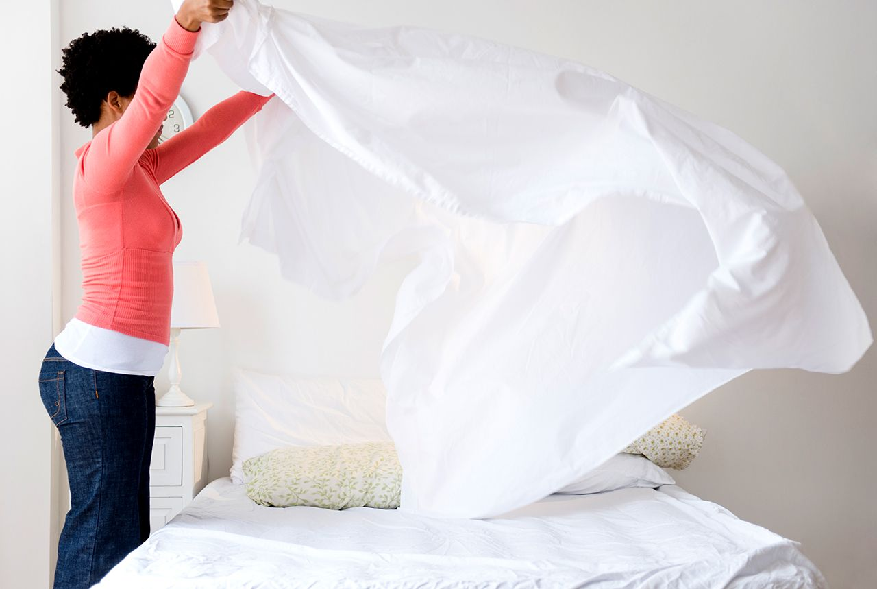 The Best Ways To Wash All Your Bed Sheets By Fabric Type In 2020 Mattress Cleaning Sheets Linen Bedding