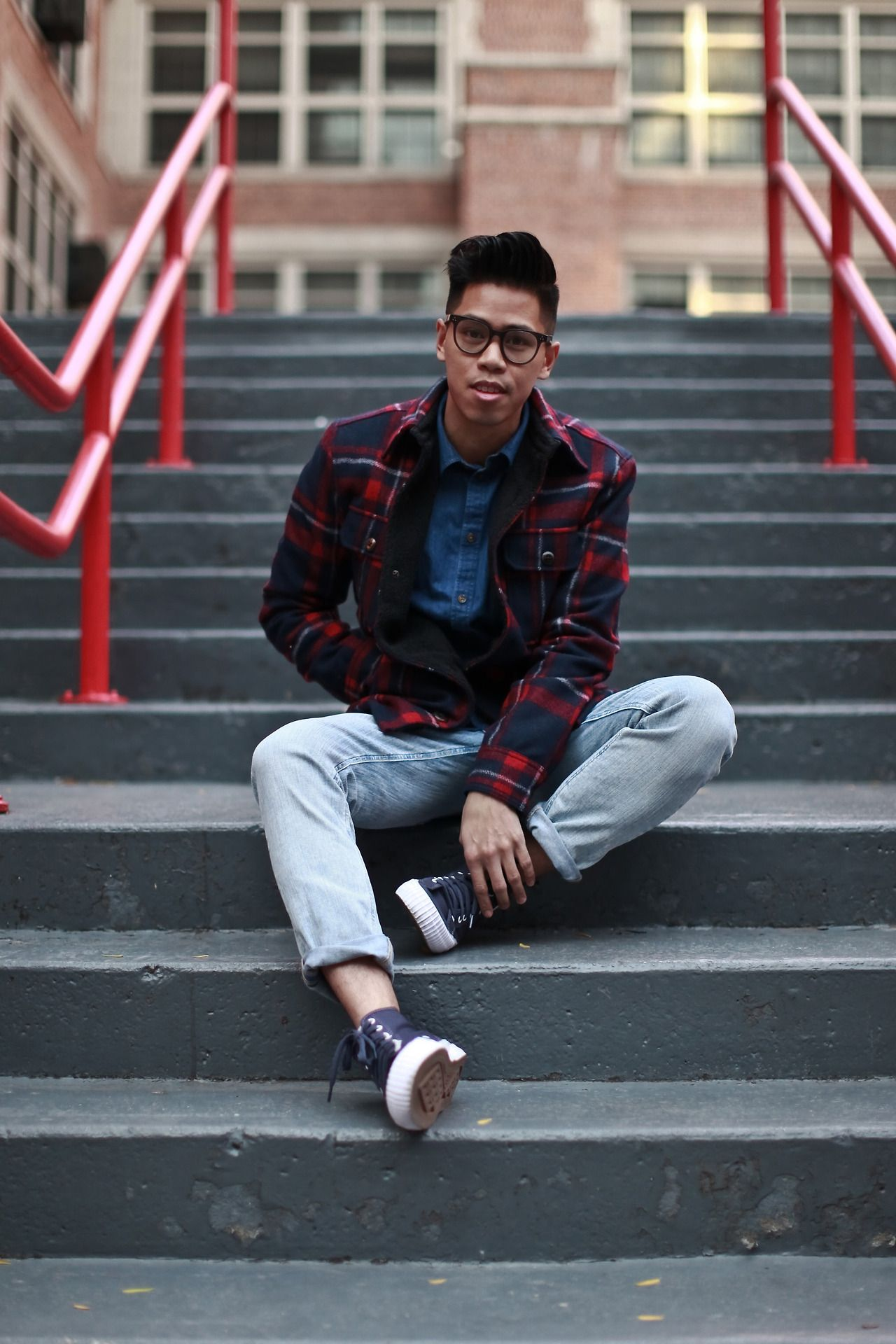 Outfit: Menu0027s Lightwash Denim The 90u0027s Called ... | Closet Freaks | Menswear
