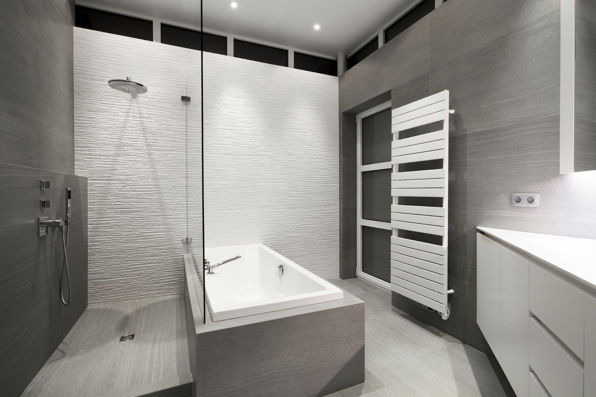 salle de bain haut de gamme avec douche
