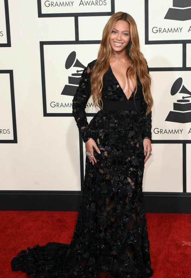 Beyonce 2015 Grammys I Love Her Hair Color Grammy Dresses Red Carpet Dresses Grammy Awards Red Carpet