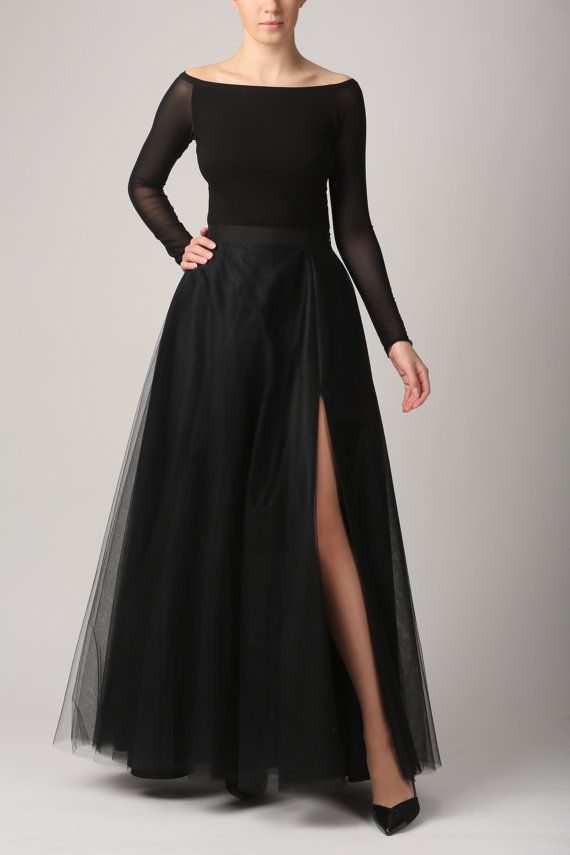 bdee3ce690 Maxi tulle skirt with pockets and slit tulle skirt by Fanfaronada ...