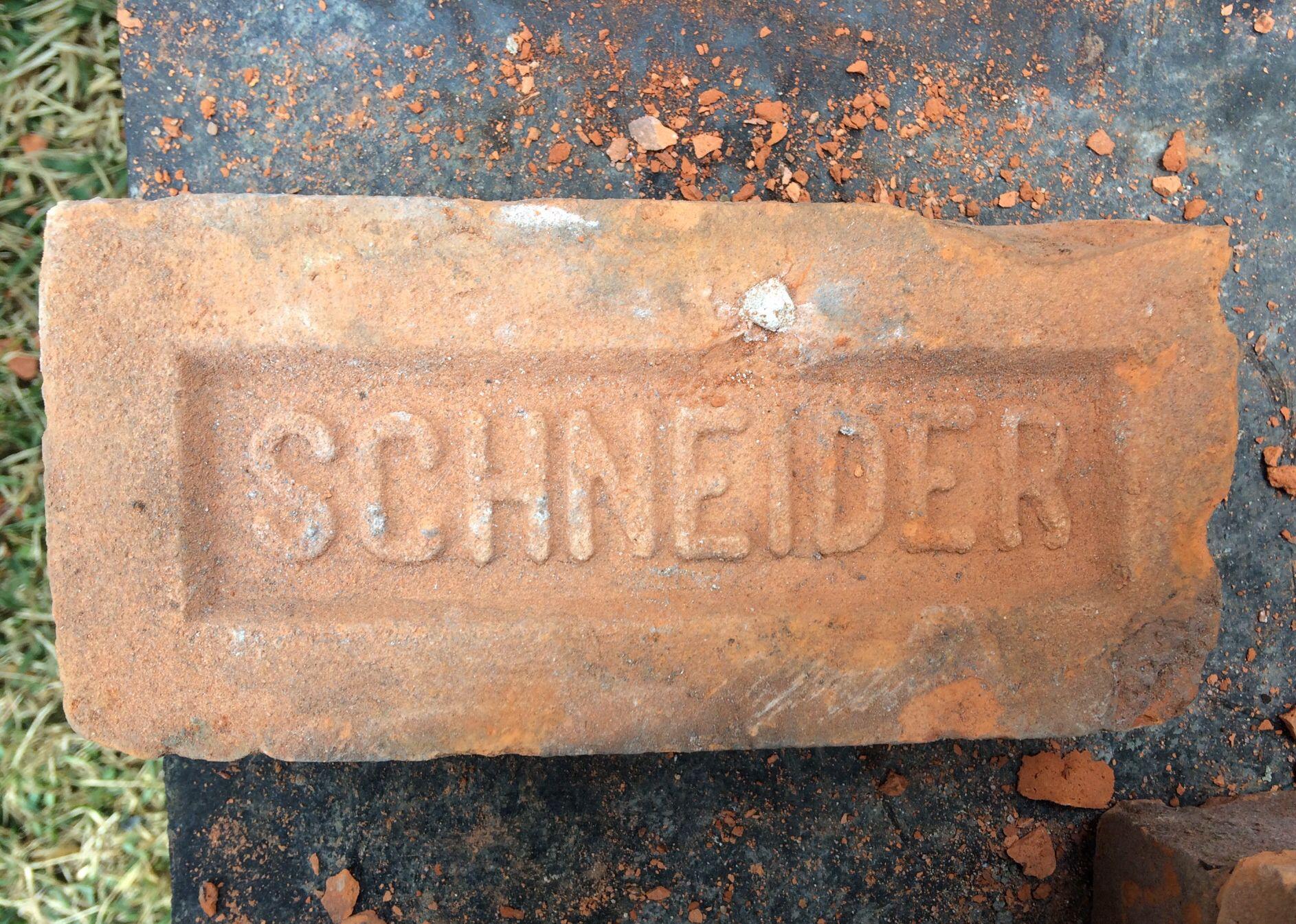 Used Schneider Detroit Brick