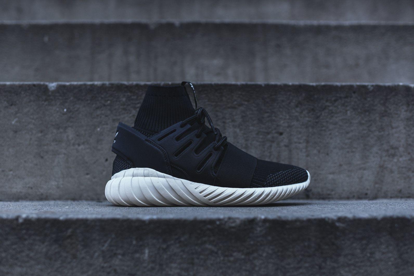 291db24cf0643 adidas Originals Tubular Doom - Black