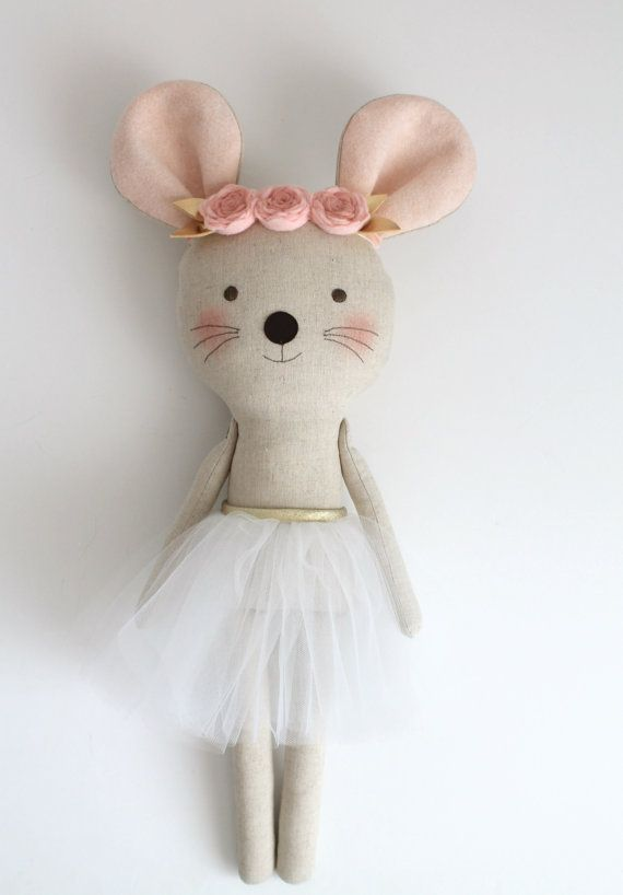 HECHO A LA MEDIDA. Rosa y oro bailarina de ratón en un tutú   Ideas ...