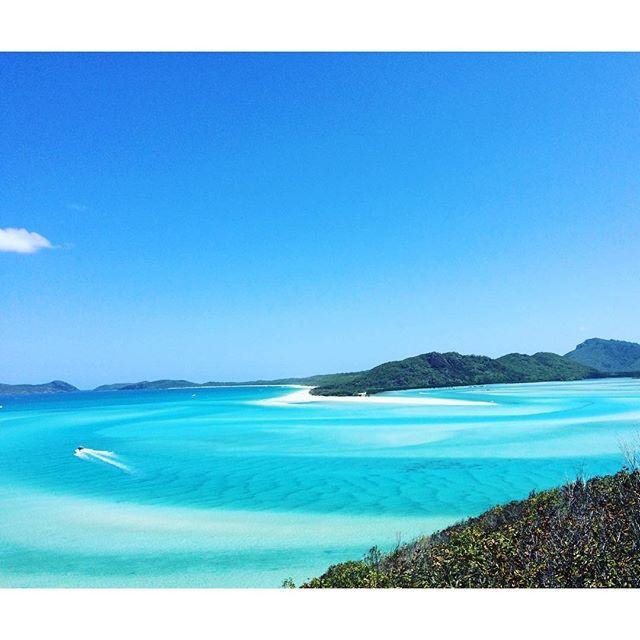 Per la #giornata #mondiale della #terra il mio pensiero va al #mare. Io Dipendo da lui... Questa foto #senzafiltri l'ho scattata a #gennaio in #australia precisamente #hamiltonisland #whitehavenbeach #hillinlet il #paradiso la #bellezza #infinita la #pace che solo il mare riesce a darmi.  #seeaustralia http://blog.fmcarsrl.com/wp-content/uploads/2016/04/12917955_1085902494785354_1815131418_n.jpg http://blog.fmcarsrl.com/index.php/2016/04/22/per-la-giornata-mondi