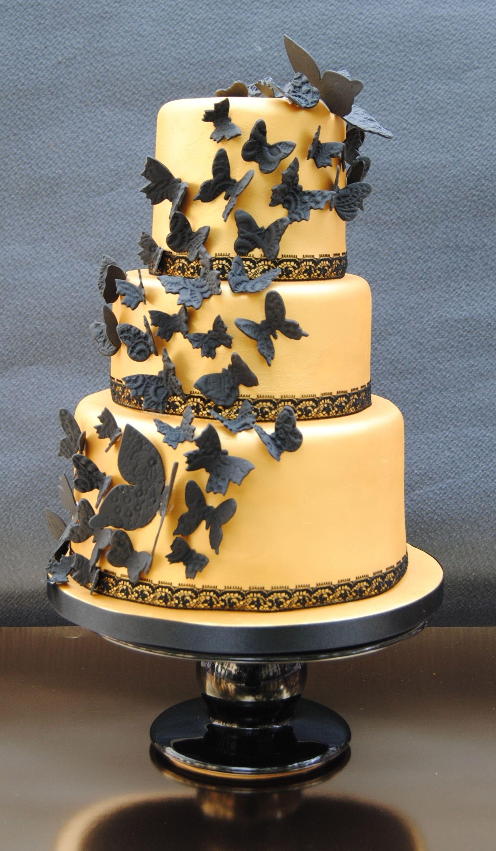 Lace Butterflies cake Tarta decorada con pasta de azúcar pintada en ...