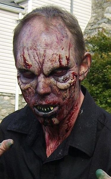 723af7eb6eb8d8db136e9db180d587b9jpg 374×600 pixels Spfx makeup - maquillaje de vampiro hombre