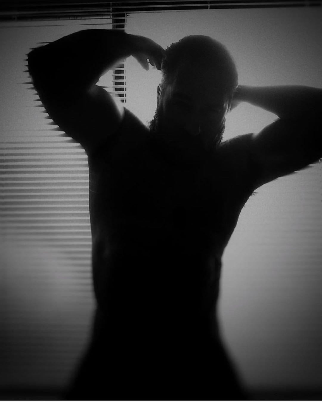 Shadow Repost جمالك حلاقة Instafit Instmen Strong لحية ذقن دقن رجل رجال ستايل Beard Beards Beardsma Human Silhouette Instagram Posts Instagram