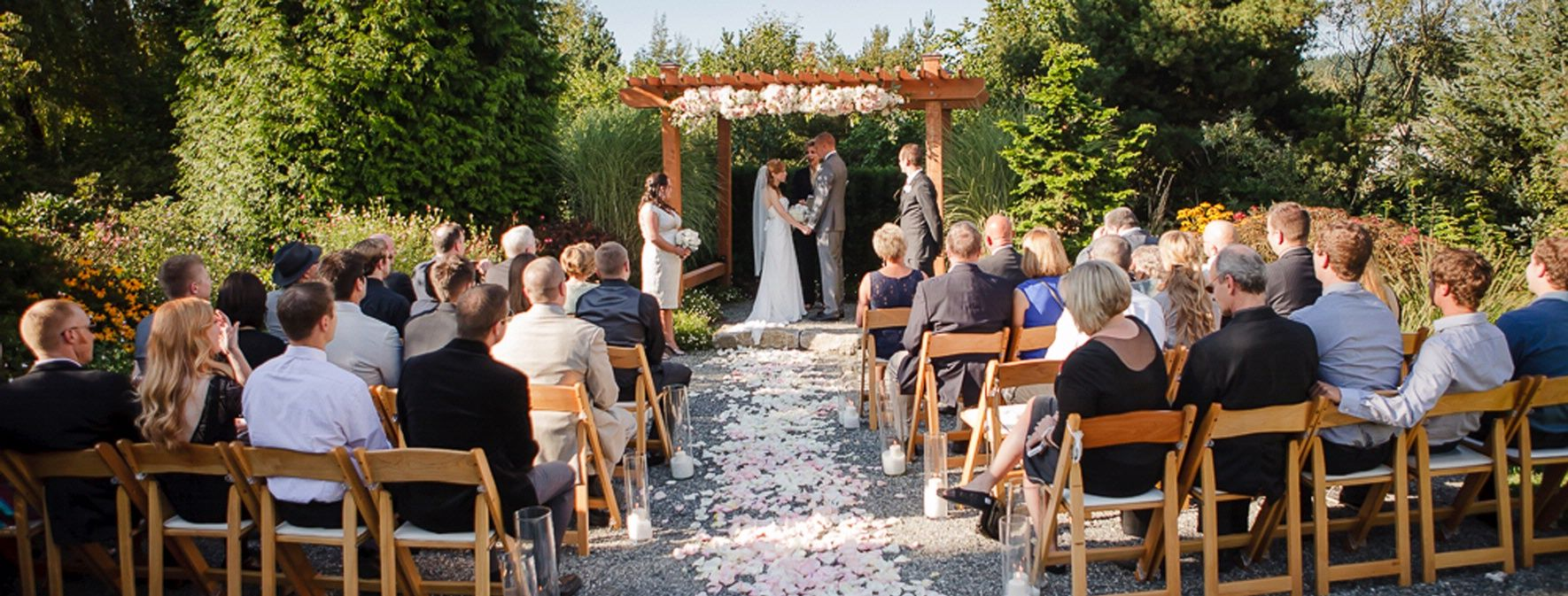 Intimate wedding venue in Washington state. Willow lodge | Doug + ...