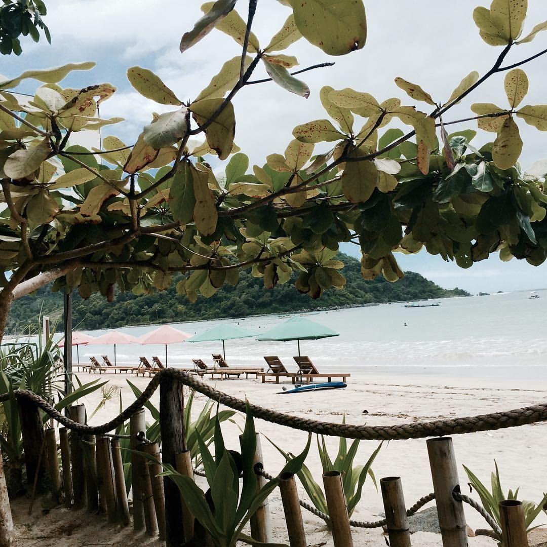 bakchic - Escape …#islandlife #traveling #indonesia #beach...