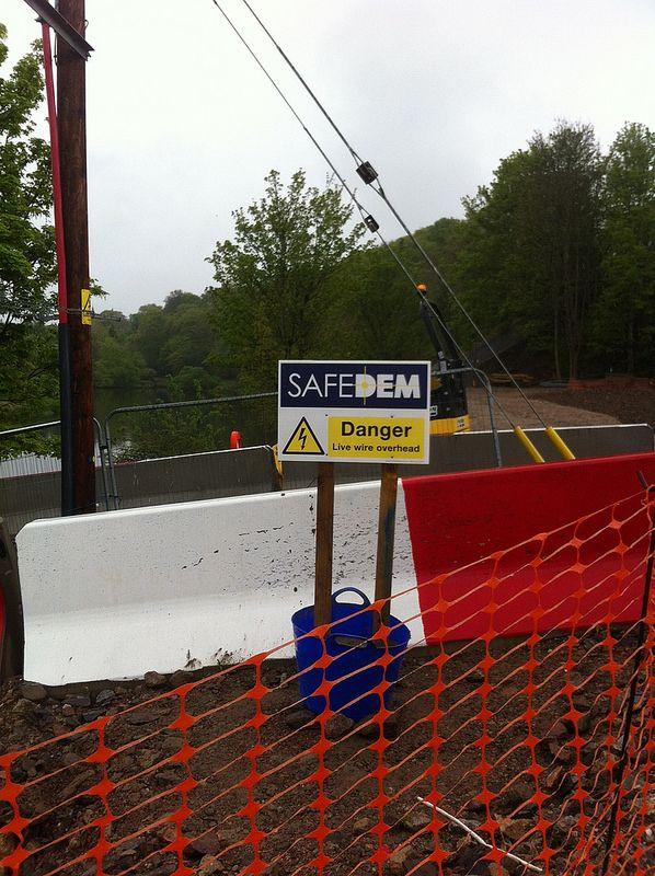 Safedem Danger Live Wires Overhead Live wire