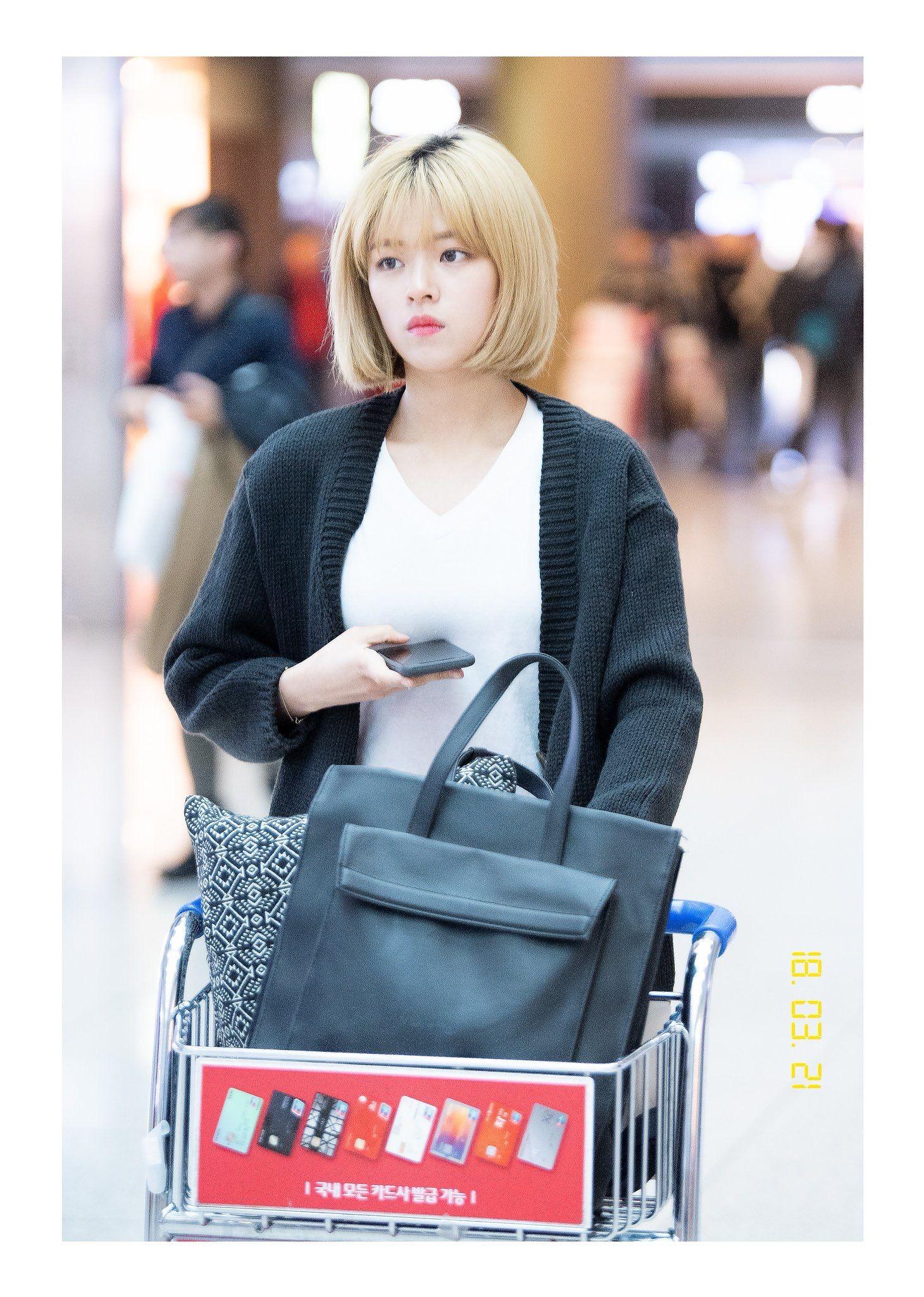 Jeongyeonie Top Handle Bag Hermes Kelly Bags
