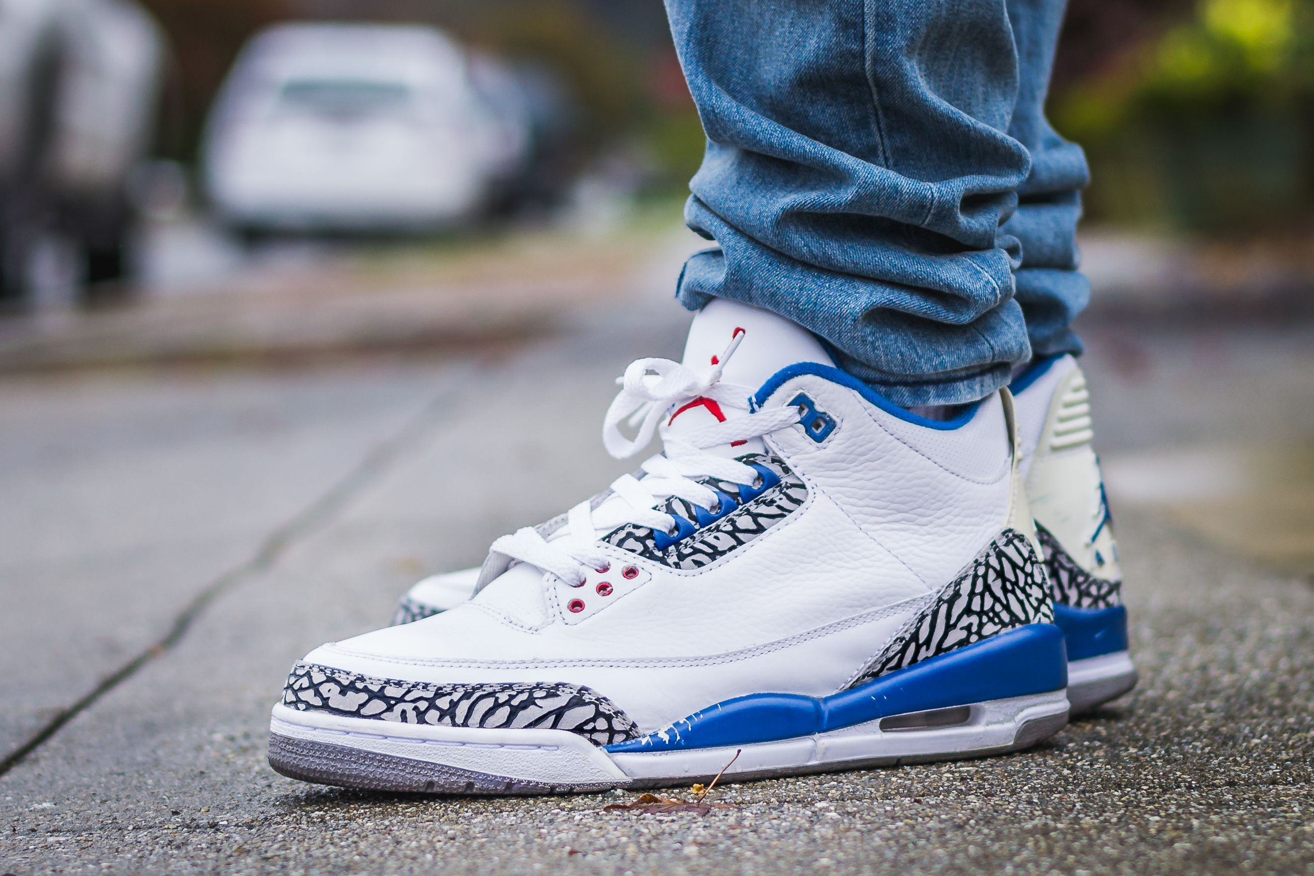 8b2ffe772be19f WDIWT - See my on foot video review of these 2009 Air Jordan 3 True Blue +  where to find em