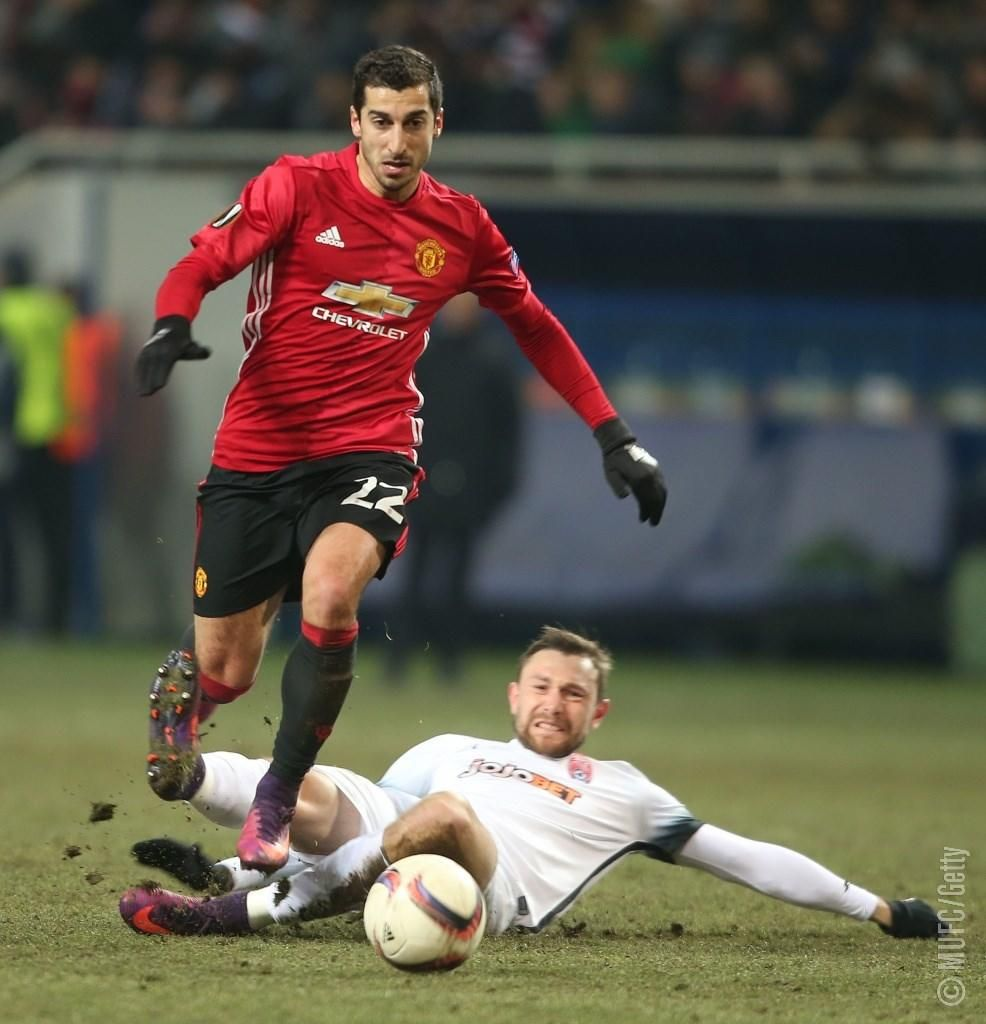 Mkhitaryan Scores His First Mufc Goal And Zlatan Seals The 2 0 Win Manchester United Manchester United Football Club Manchester United Players