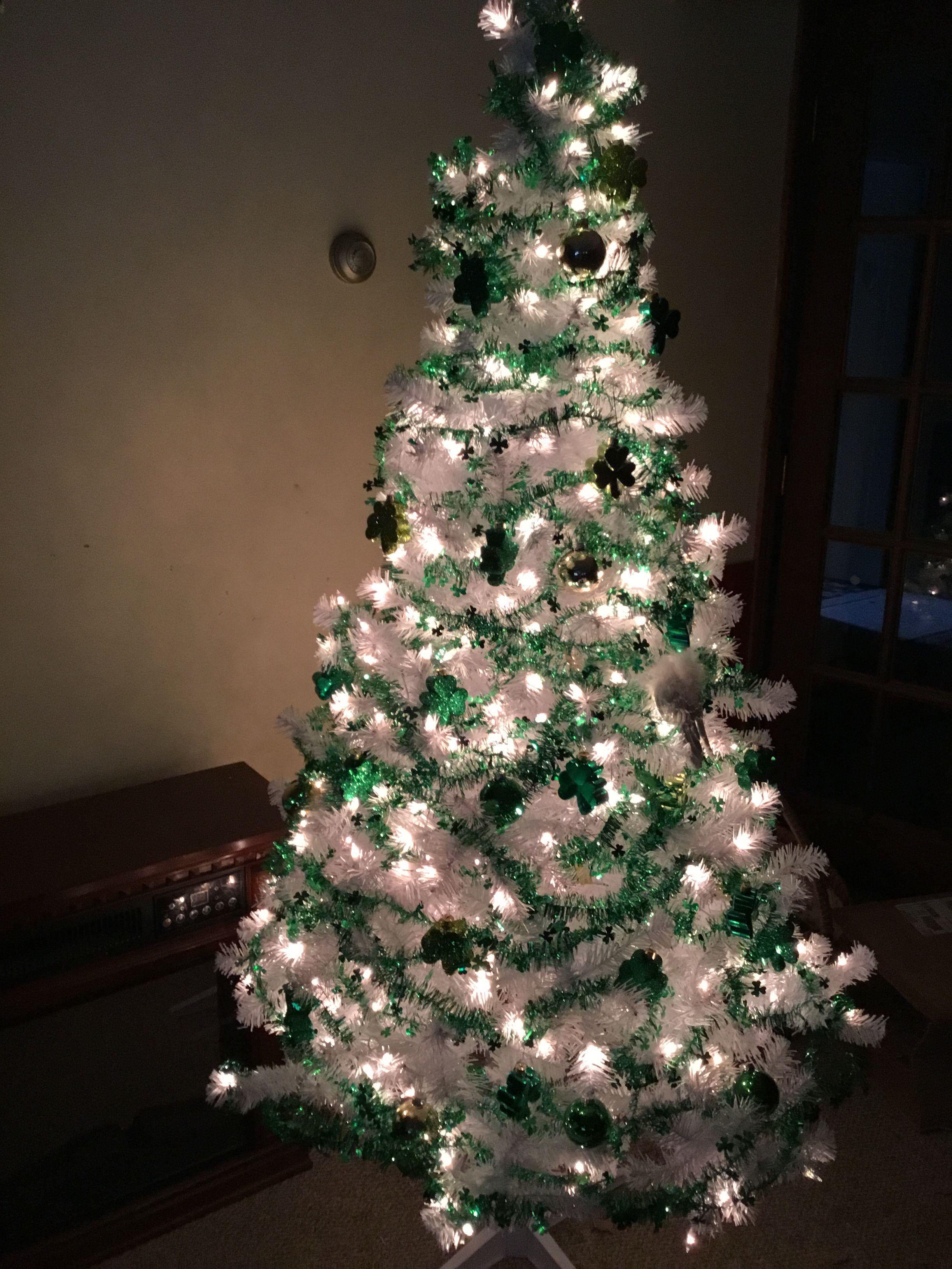 My Saint Patrick's day tree love it Holiday decor, Decor