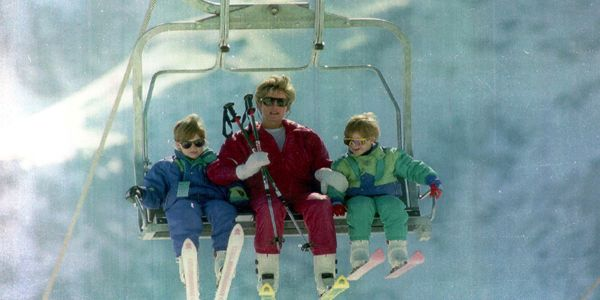 Diana-Princess-Of-Wales-On-A-Ski-Lift-With-Prince-William-And-Prince-Harry-In-Lech-Austria.