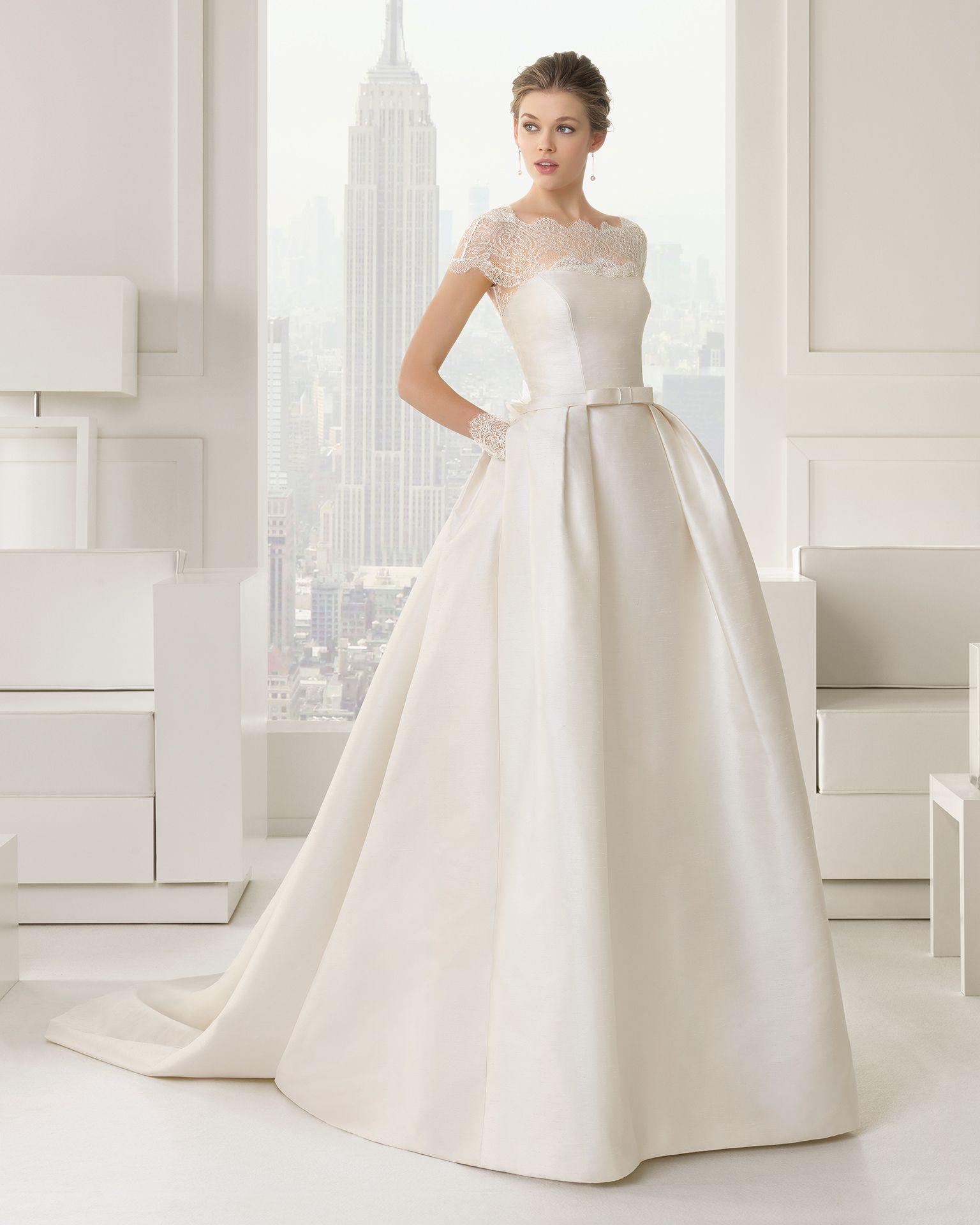 Wedding Dress // CHANDRA - Brautkleid aus Mikado-Seide in A-Linie ...