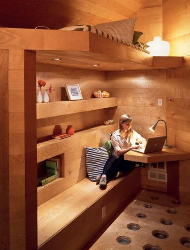 No wasted space. Pod Home by Lisa Tilder & Stephen Turk - 129sf. (Super cool looking, bummer about the loft)