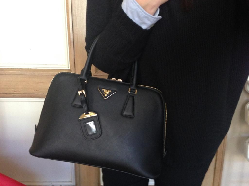 a2d94be21f1b Prada Saffiano Medium Promenade Tote Black Fake Prada Bags
