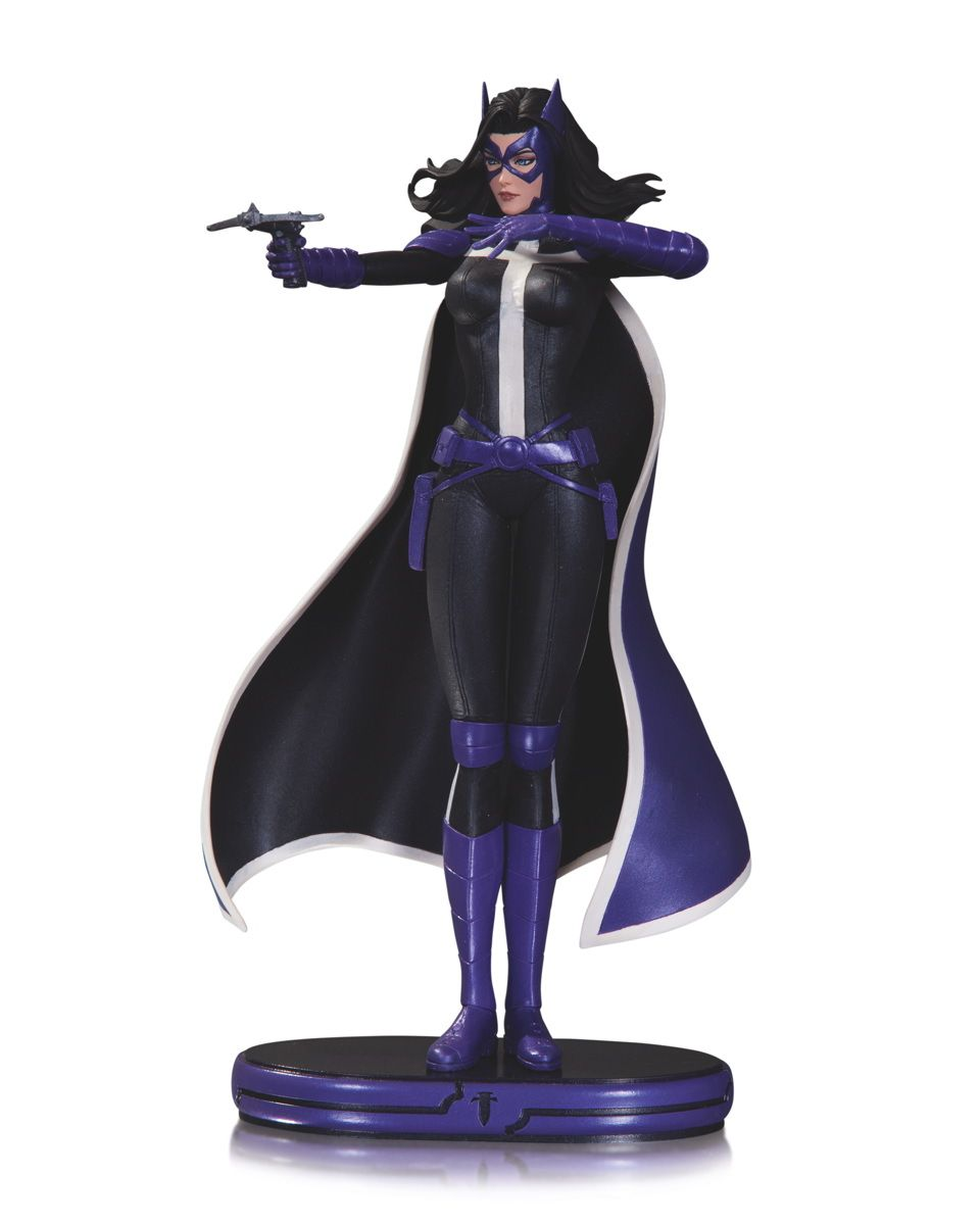 """DC COMICS COVER GIRLS HUNTRESS STATUE  DESIGNED BY STANLEY """"ARTGERM"""" LAU  SCULPTED BY JACK MATHEWS  The Huntress bursts out of the pages of her monthly comic book series, World's Finest with this striking statue designed by acclaimed artist Stanley """"Artgerm"""" Lau.  Limited Edition of 5200.  Measures Approximately 9.8"""" Tall  $99.95 US • On Sale March 2014 *Allocations May Occur"""
