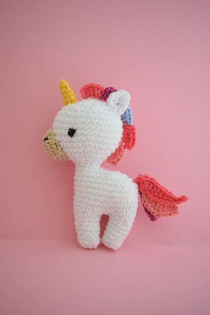 Now I try to wright the pattern for my unicorn in english. Some of ...