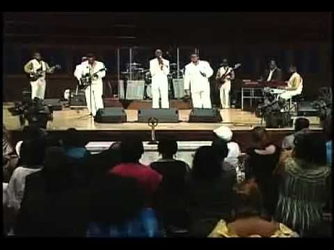 Can T Give Up Dvd Lee Williams The Spiritual Qc S Living On The Lord S Side Lee Williams Lee Williams Gospel Singer Gospel Singer