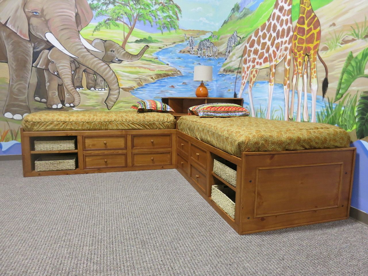 Corner twin bed bedroom sets for boys - Wonderful Kids Room Decorating With Jungle Theme Wallpaper Design