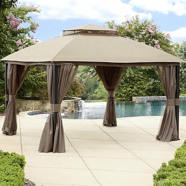 Garden Oasis Privacy Gazebo