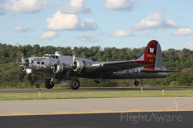 EAA's B-17G Aluminum Overcast taking off at Washington County Airport in…