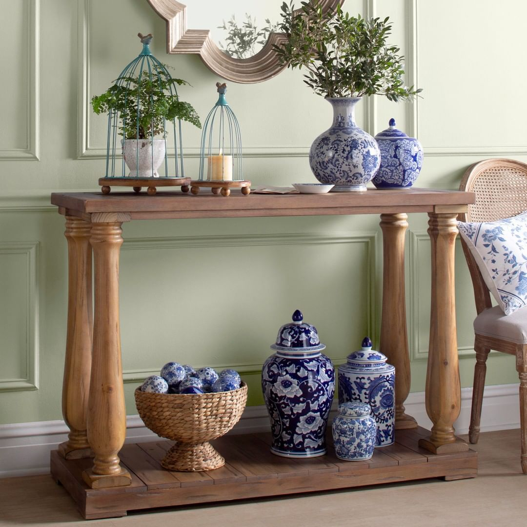 Birch Lane On Instagram Double Tap If You Think Blue And White Urns Are As Classic As Sunday Dinnner P S Our Dinners Usuall White Urn Blue And White Decor