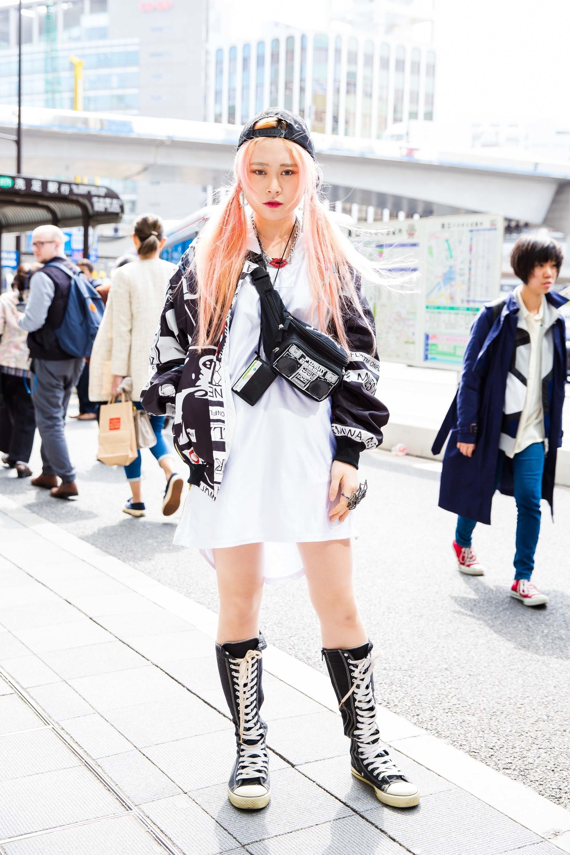 The Best Street Style Pics From Fashion Week Tokyo Fall   Tokyo