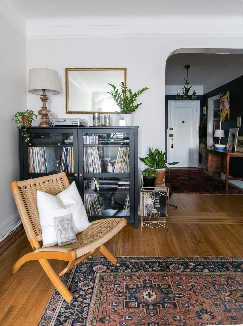 Details In The Living Room Of This Charming Brooklyn Home On