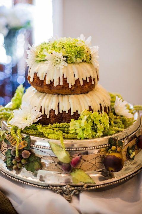 Bundt Cake Weddings Table | Nothing Bundt Cakes Wedding | WEDDING ...
