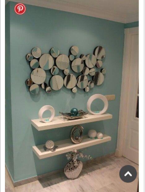 Espejos c rculos agrandan el espacio repisas flotantes - Espejos para pasillos ...