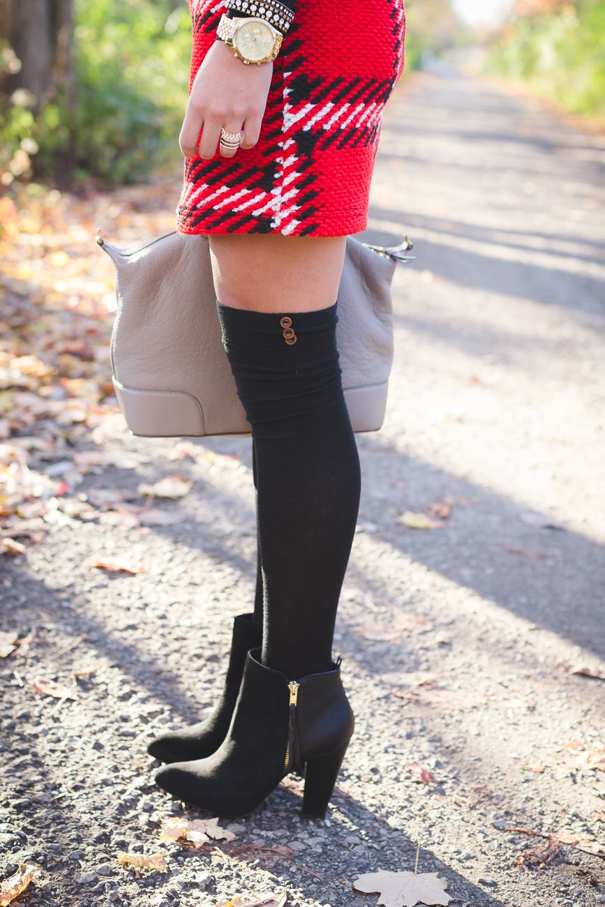Red Plaid Skirt A Southern Drawl Pinterest Skirts Clarette Sneakers Cia Brown Knee High Socks Holiday Outfits Pearl Statement Necklace Party Outfit Ideas Grace Wainwright From