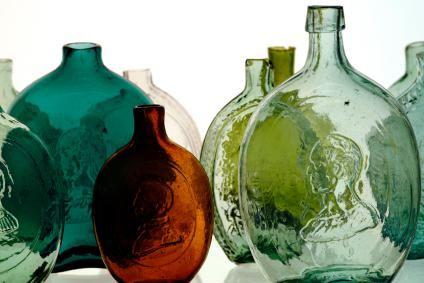 Tips For Determining The Value Of Old Bottles Antique Glass Bottles Old Glass Bottles Old Bottles
