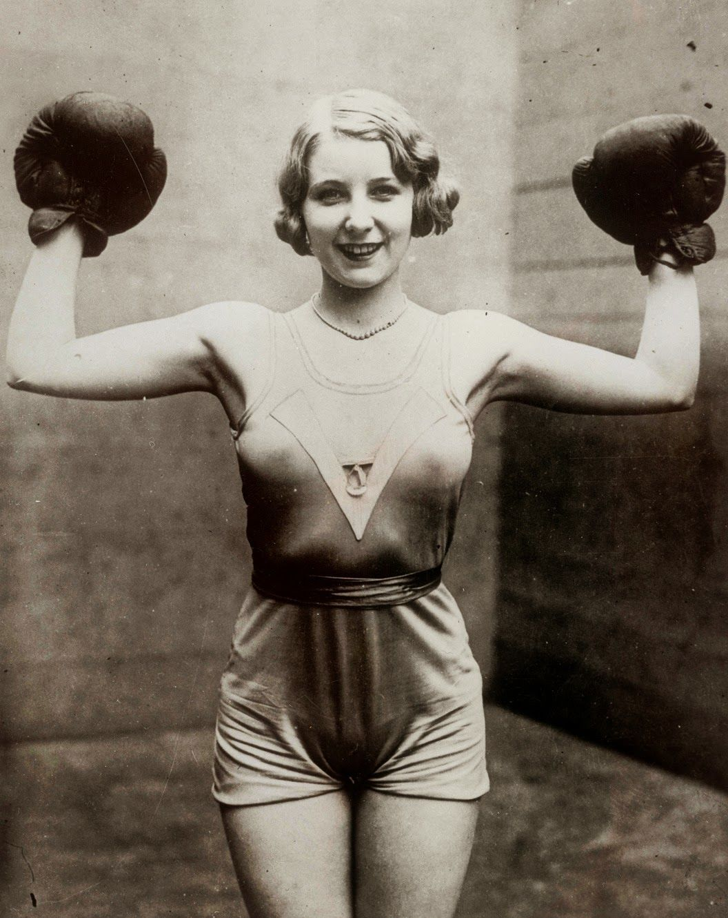 A female boxer, circa 1920s  | Photos of Interesting People