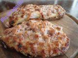 Crostini caldi con salsiccia