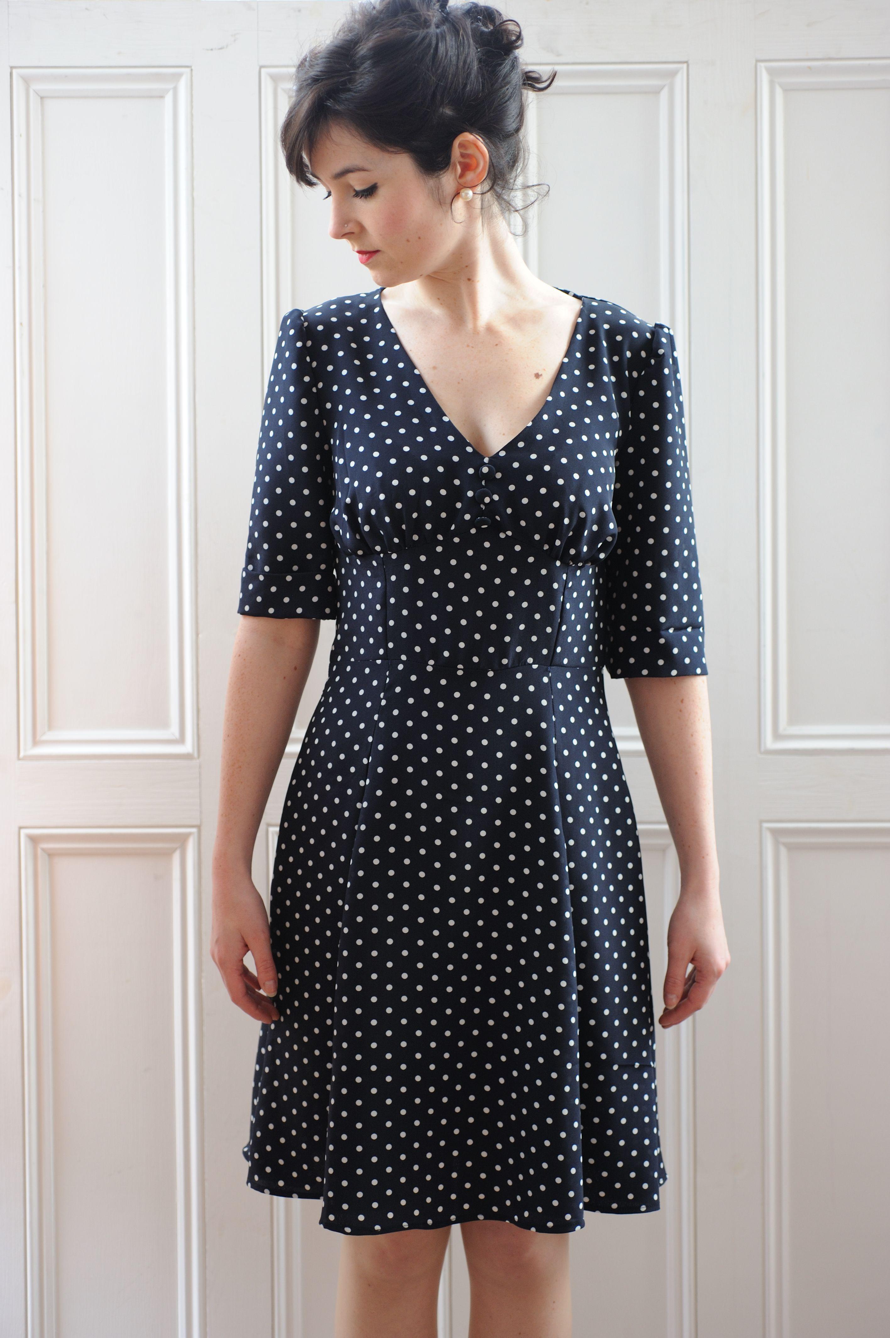 1940\'s Tea Dress Sewing Pattern | Nähen, Schnittmuster und Erwachsene