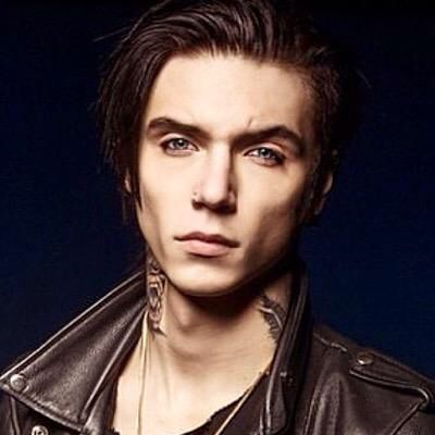 Andy Biersack. Gorgeous.