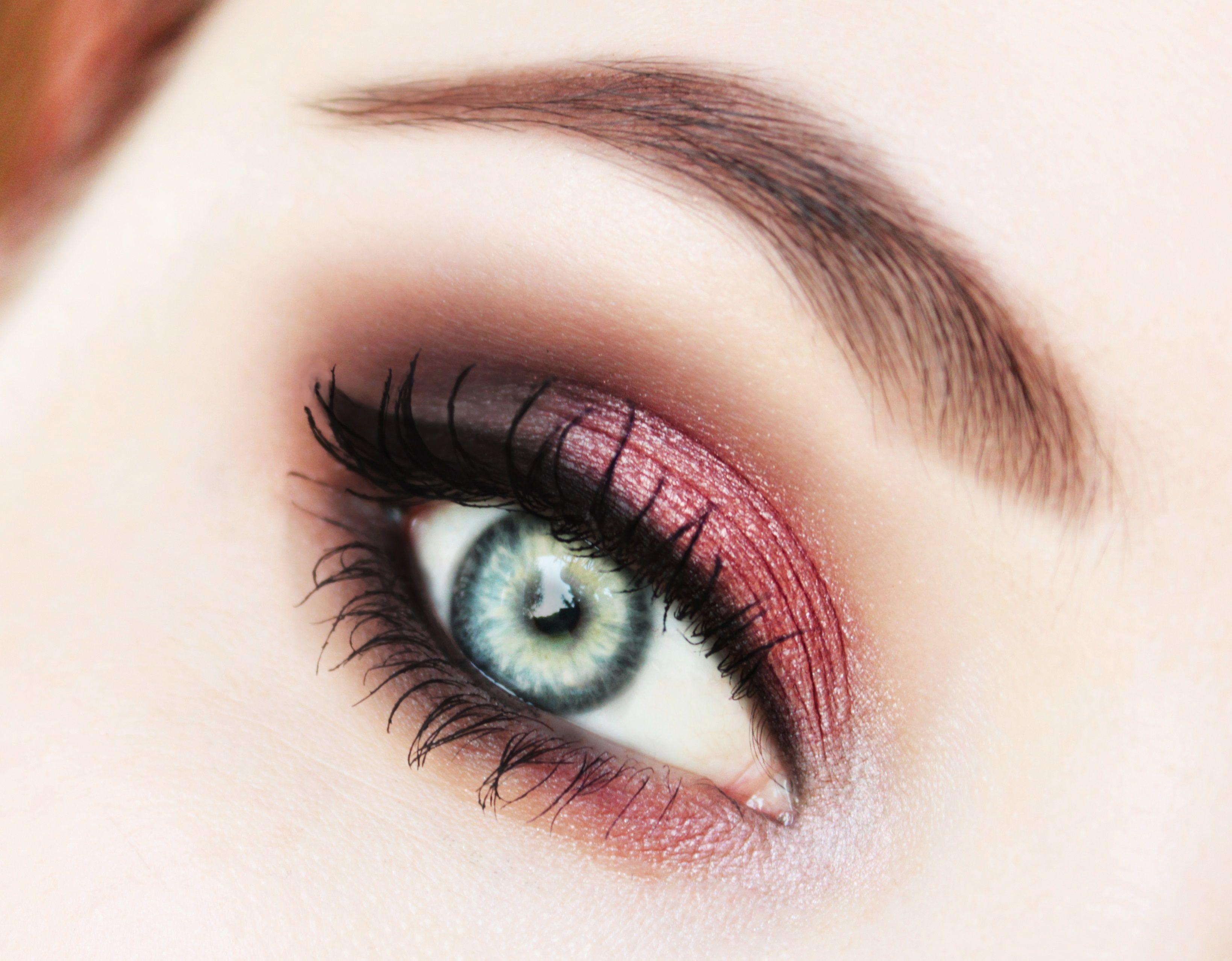 Cinderella story Makeup Tutorial Makeup geek eyeshadow
