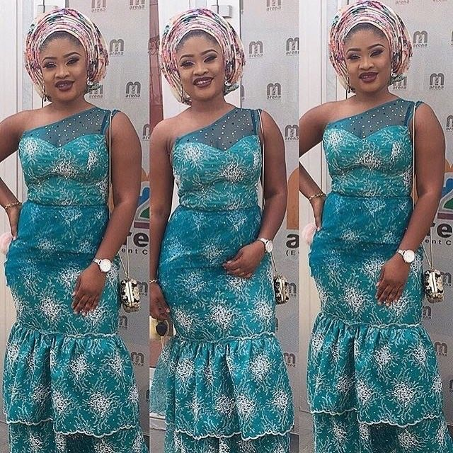 There are a number of ways to acquire ourselves beautified later an Ankara fabric, Even if you are thinking of what to make and slay gone an Nigerian Yoruba dress styles. Asoebi style|aso ebi style|Nigerian Yoruba dress styles|latest asoebi styles} for weekends come in many patterns and designs. #nigeriandressstyles