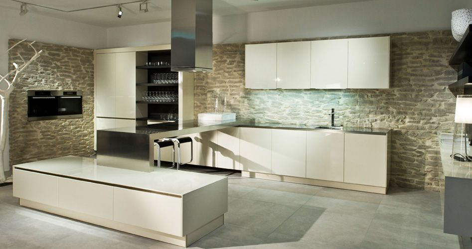 Design Küche von Häcker / Design kitchen by Häcker Backofen in ...