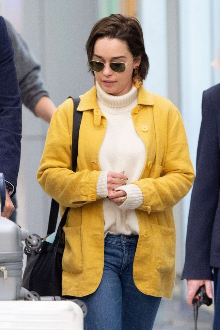 Emilia Clarke – Arrives at JFK Airport in New York - video #emiliaclarke
