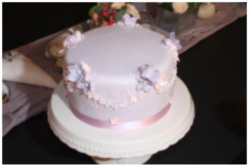 Hochzeits-Torte I Fest-Torte Cupcake Kurs I Cupcake Workshop I Mimis Cupcakes