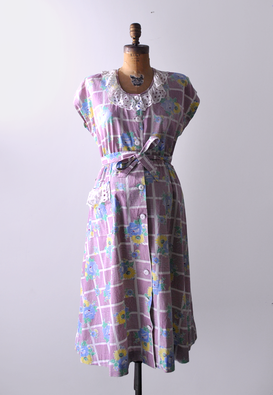 29e5e64ecbb2c 1940's vintage maternity dress / floral cotton print. | Costumes ...