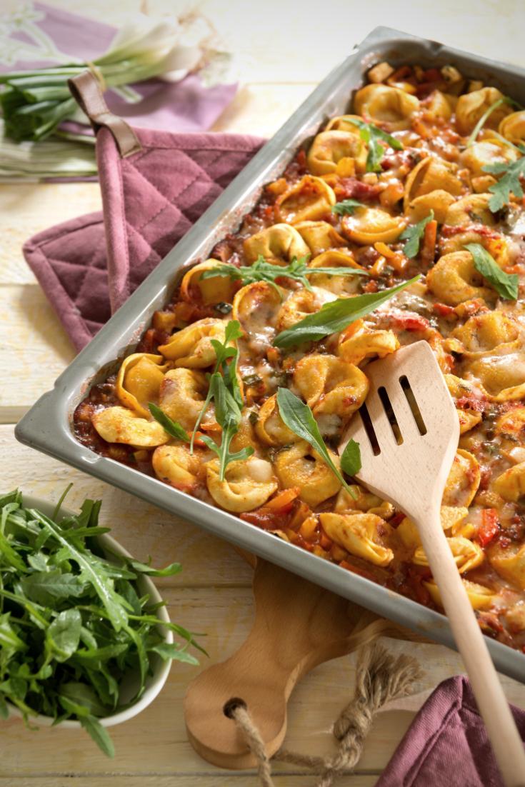 Tortellini mit Gemüsesoße vom Blech