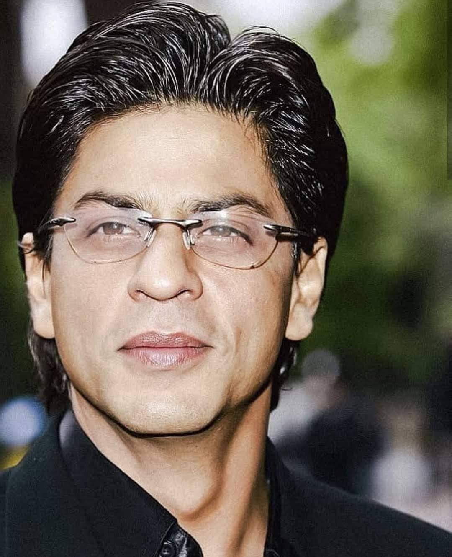 Shahrukh Khan My another account: azy.fanss Me: shahrukhkhanpicturesiamsrk......#shahrukhkhan